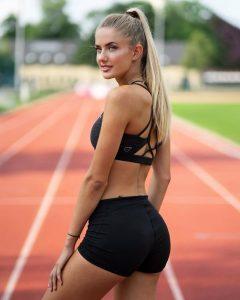 Deze hete atlete laat menig man harder lopen